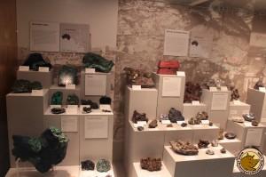 Une exposition de minéraux au South Australian Museum